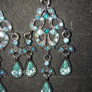 Jewelry - Aqua rhinestone gray metal chandelier earrings